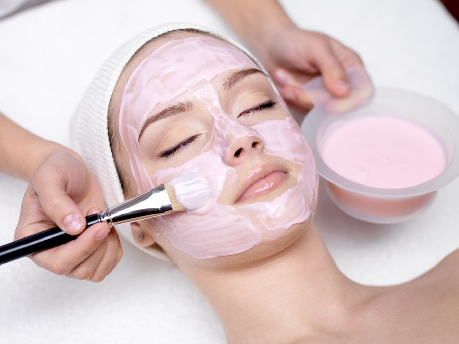 Deep Cleaning Facial